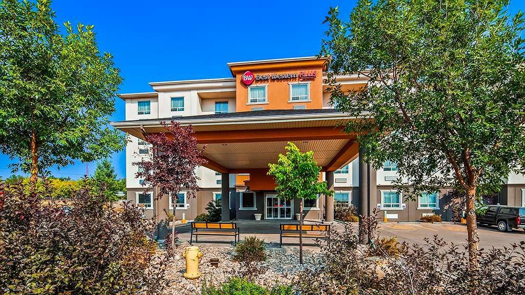 Best Western Plus Estevan Inn & Suites - Area esterna