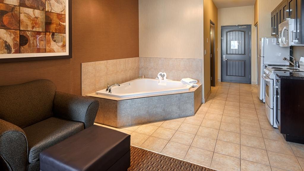 Best Western Plus Estevan Inn & Suites - Chambres / Logements