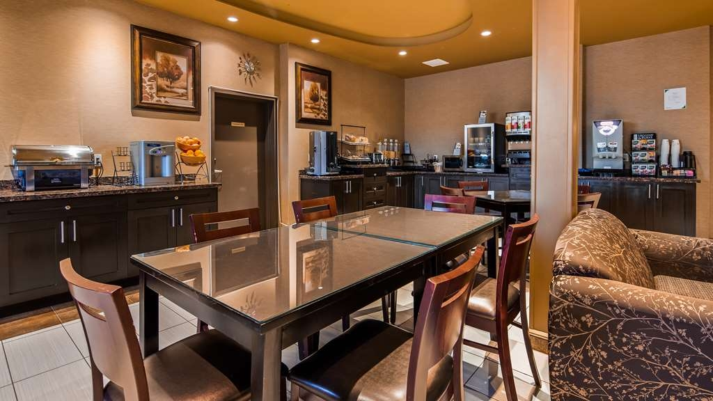 Best Western Plus Estevan Inn & Suites - Restaurante/Comedor