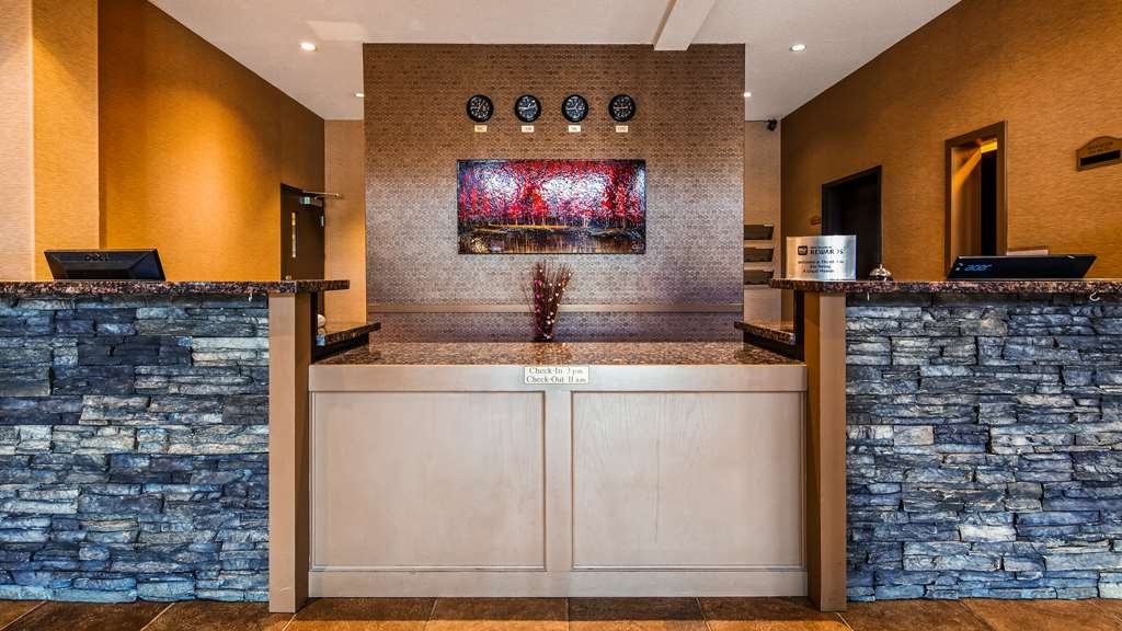 Best Western Plus Estevan Inn & Suites - Hall