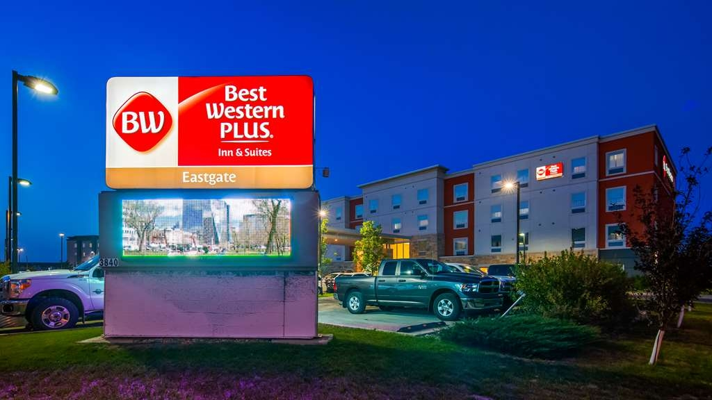 Best Western Plus Eastgate Inn & Suites - Facciata dell'albergo