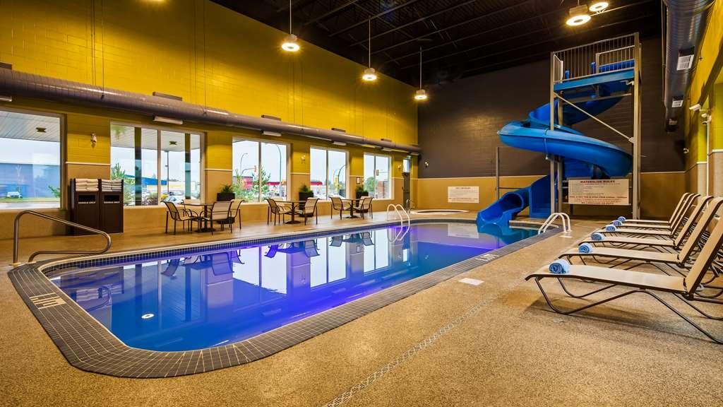 Best Western Plus East Side - Vue de la piscine