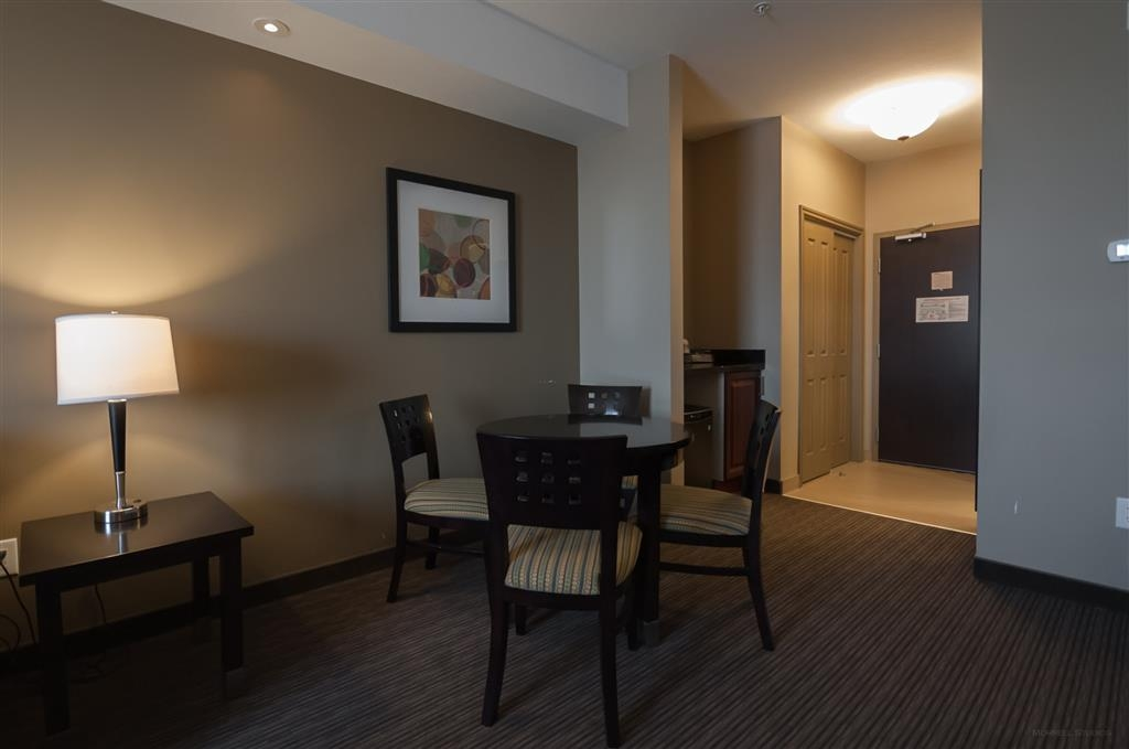 Best Western Plus Moose Jaw - We also offer suite king bedrooms with kitchenettes.