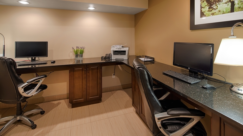 Best Western Plus Moose Jaw - Feel free to check your email in our business center.