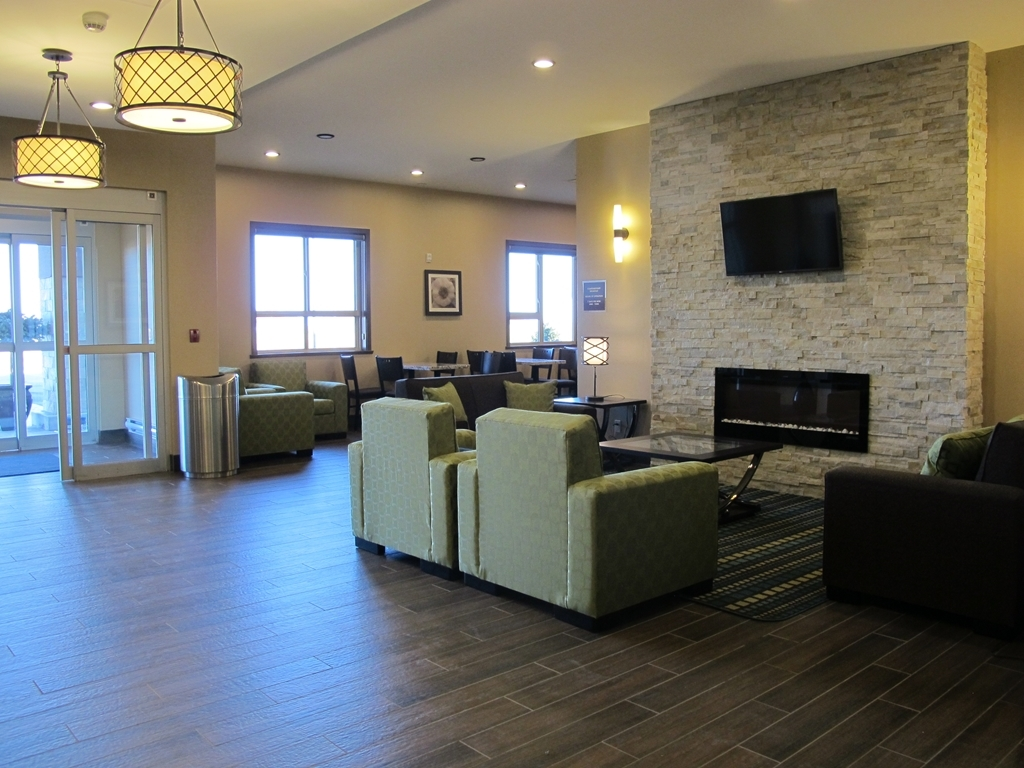 Best Western Plus Moosomin Hotel - Hall