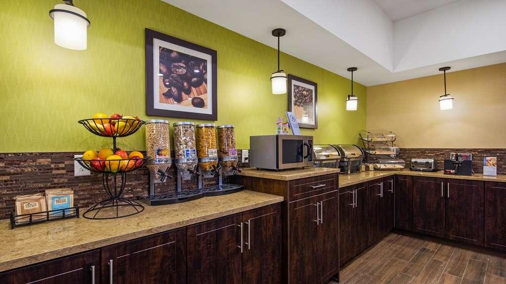 Best Western Plus Moosomin Hotel - Restaurante/Comedor