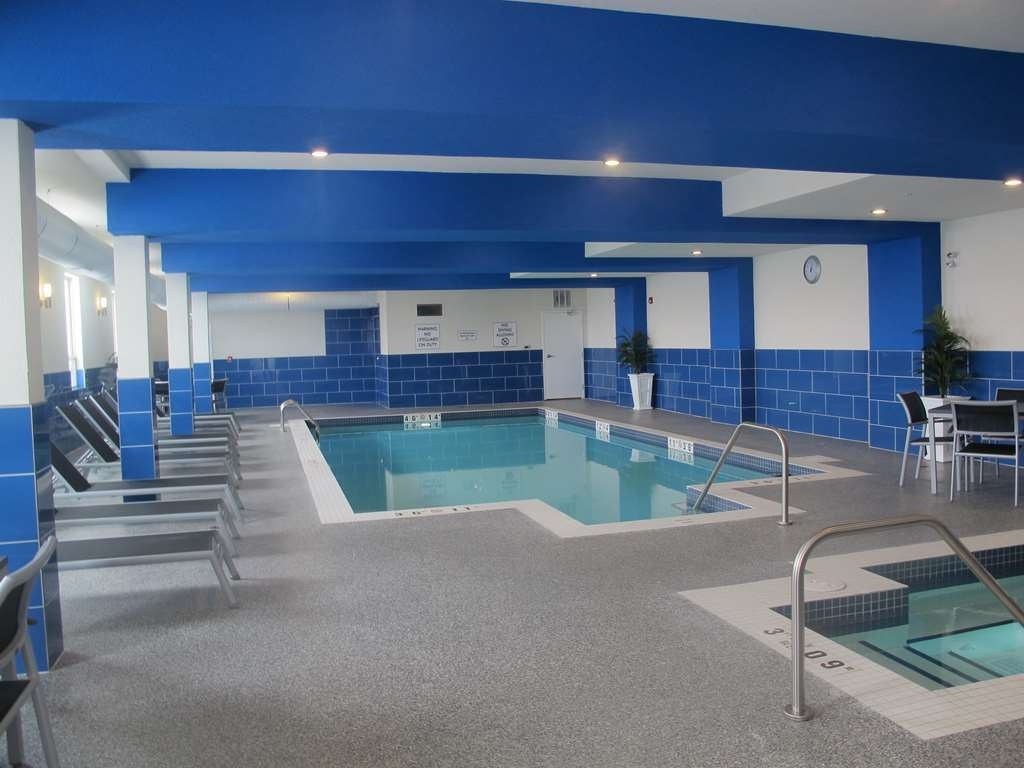 Best Western Plus Kindersley Hotel - piscina coperta