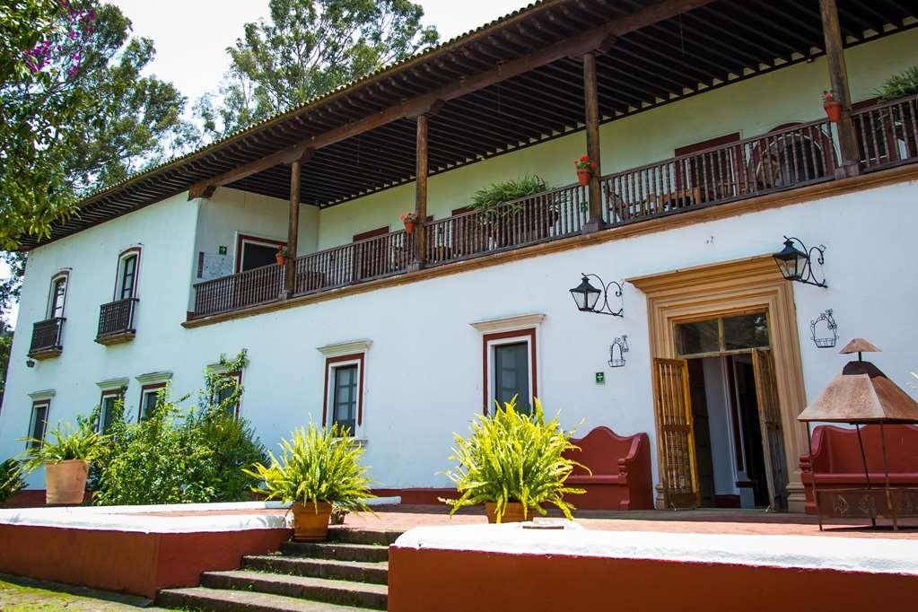Best Western Plus Posada de Don Vasco - Außenansicht