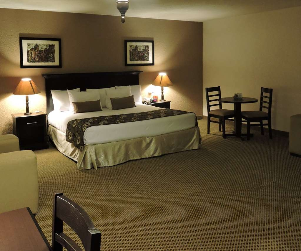 Best Western Posada Del Rio - Standard room with a king bed