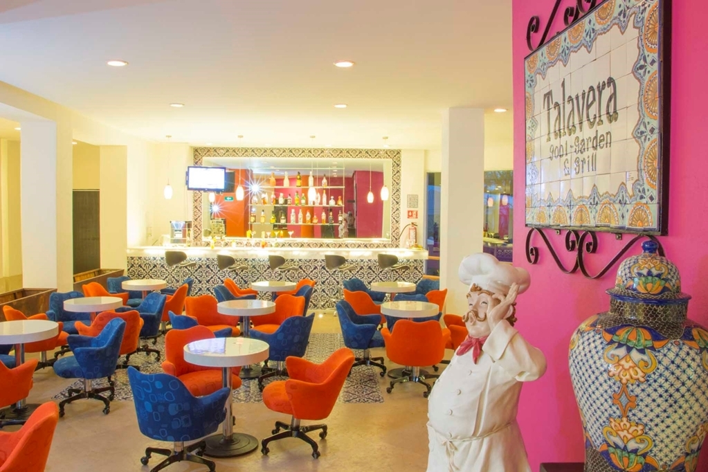 Best Western Plus Puebla - Bar / Lounge