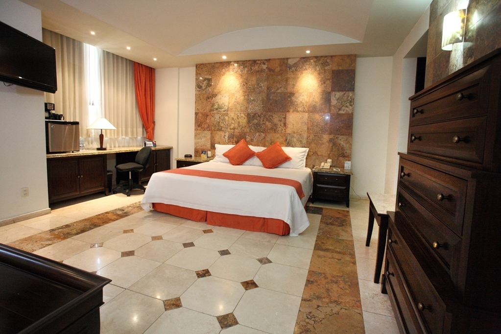 Best Western Hotel Poza Rica - Suite 1 ing bed non smoking