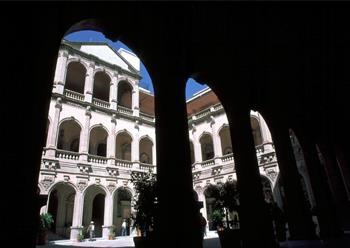 Best Western Mirador - Interior of Del Palacio de Gobierno Del Estado