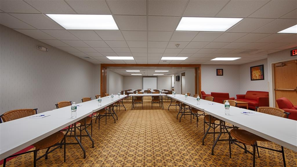 Best Western Danbury/Bethel - Host a flawless and productive business meeting at the BEST WESTERN Danbury/Bethel.