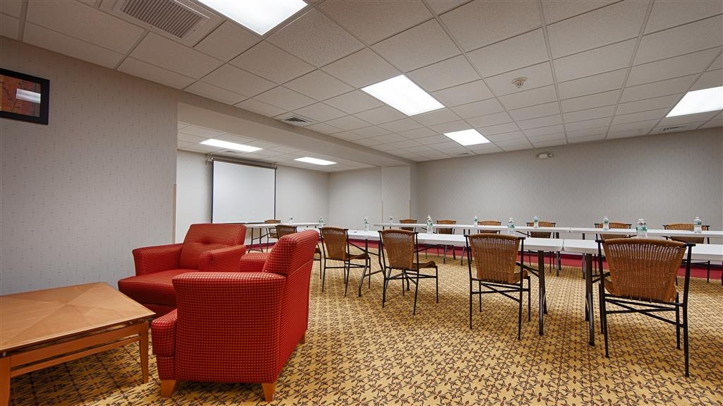 Best Western Danbury/Bethel - Give us a call to check rates and book one of our meeting rooms.