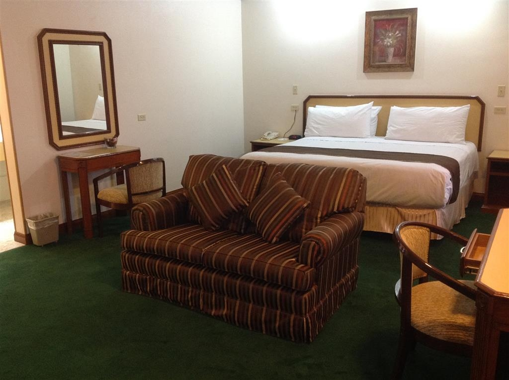 Best Western Hotel Plaza Matamoros - Suite