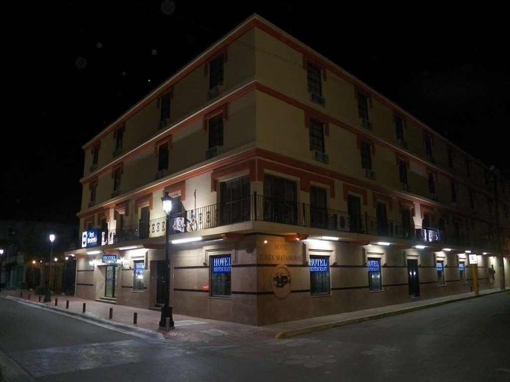 Best Western Hotel Plaza Matamoros - Façade