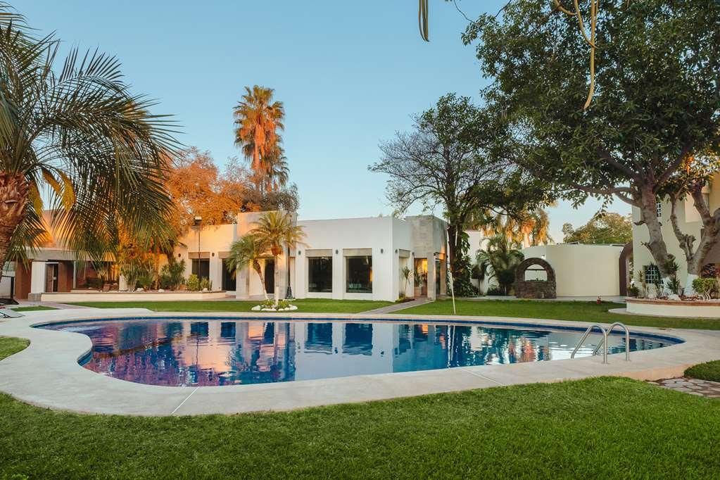 Best Western Plus San Jorge - Vista de la piscina