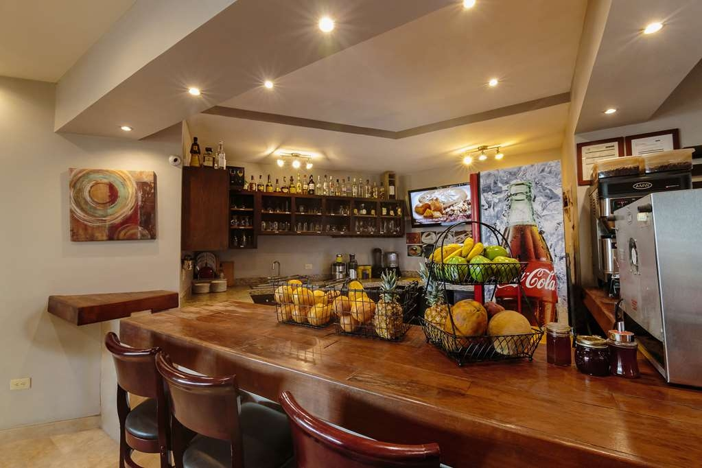 Best Western Plus San Jorge - Bar/Lounge