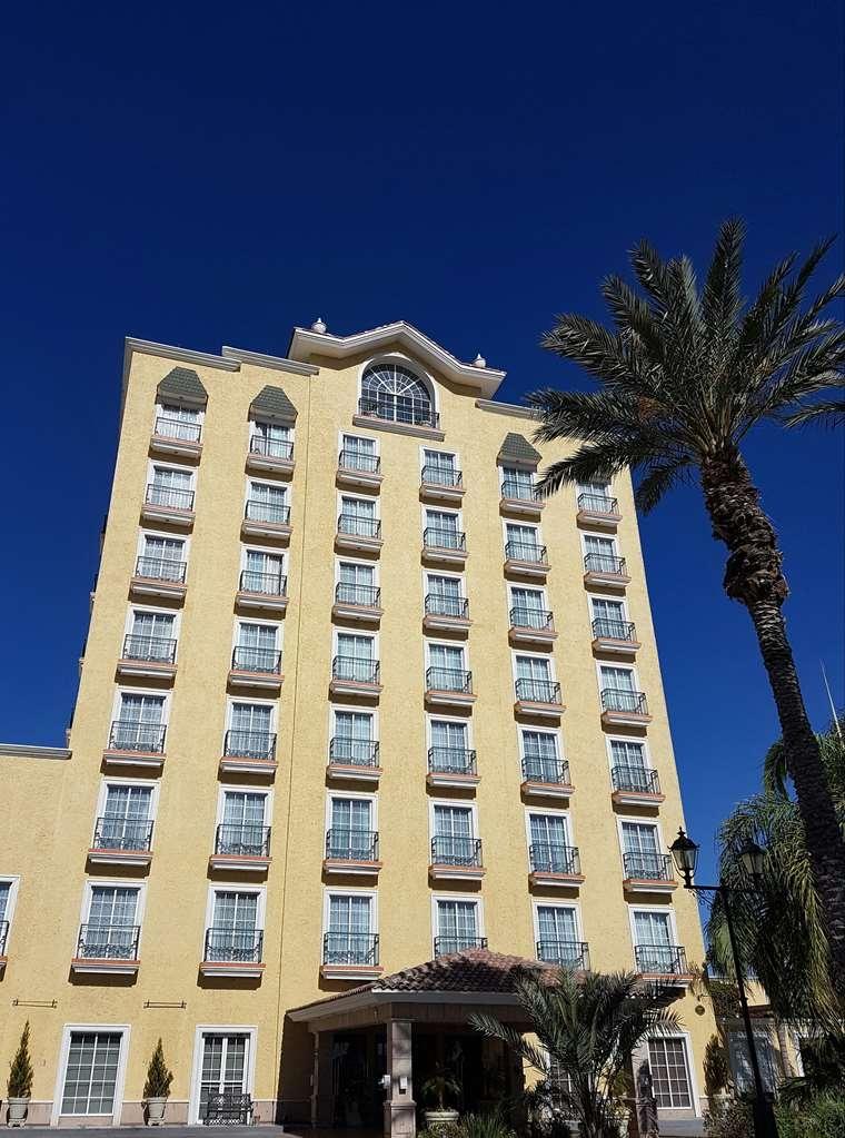 Best Western Hotel Posada Del Rio Express - Außenansicht