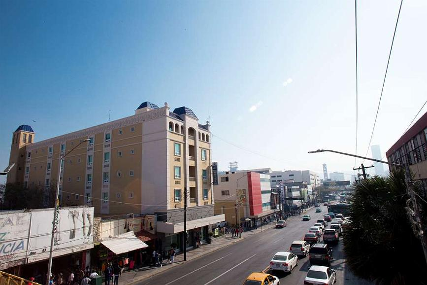Best Western Centro Monterrey - Vista y fachada del hotel