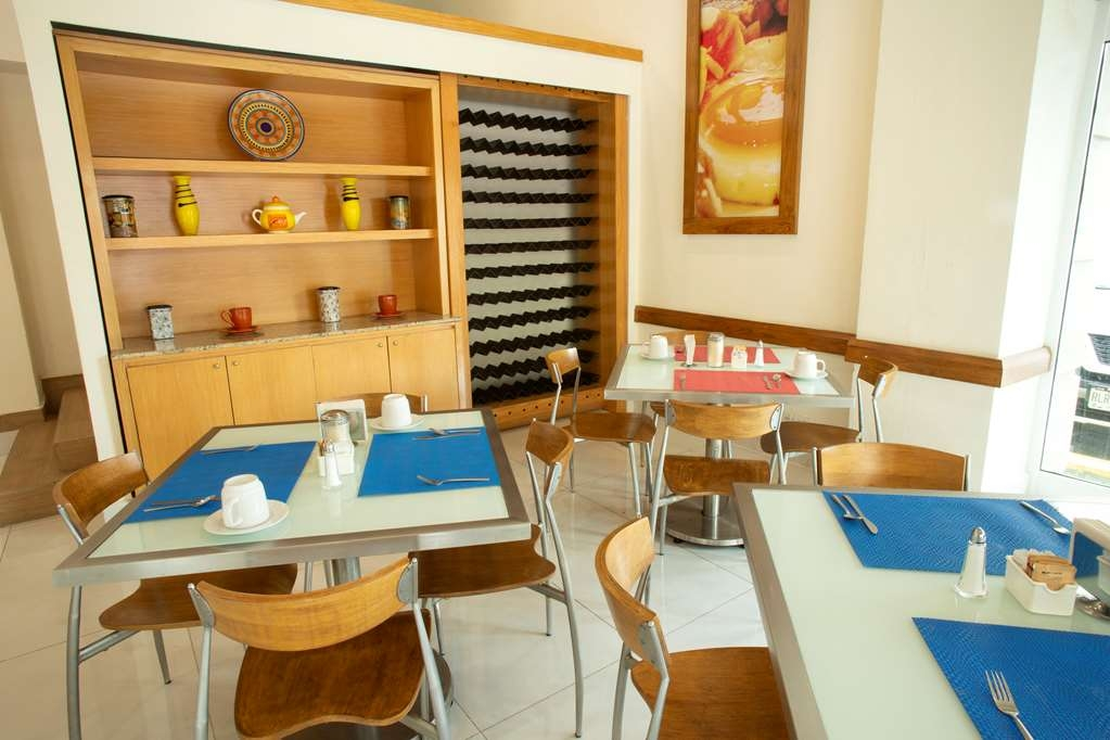 Best Western Centro Monterrey - Comfortably restaurant to whole family