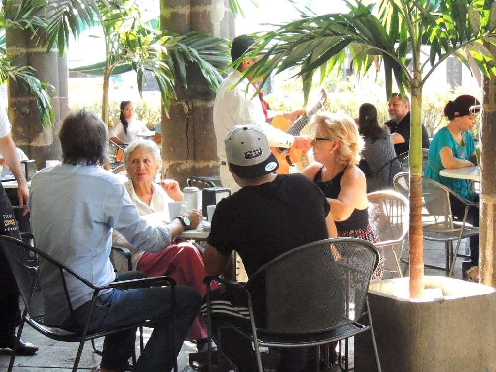 Best Western Plus Hotel Ceballos - Restaurant / Gastronomie