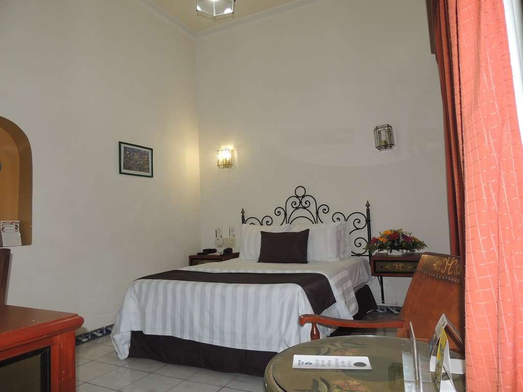 Best Western Plus Hotel Ceballos - 1 Double bed,nsmk,aircon,frwhpd,40 tv