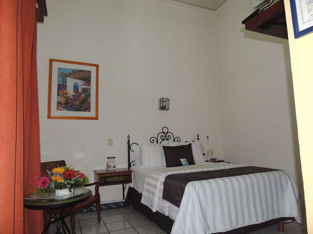 Best Western Plus Hotel Ceballos - 1 Double bed, aircon, frwhpd,40 tv