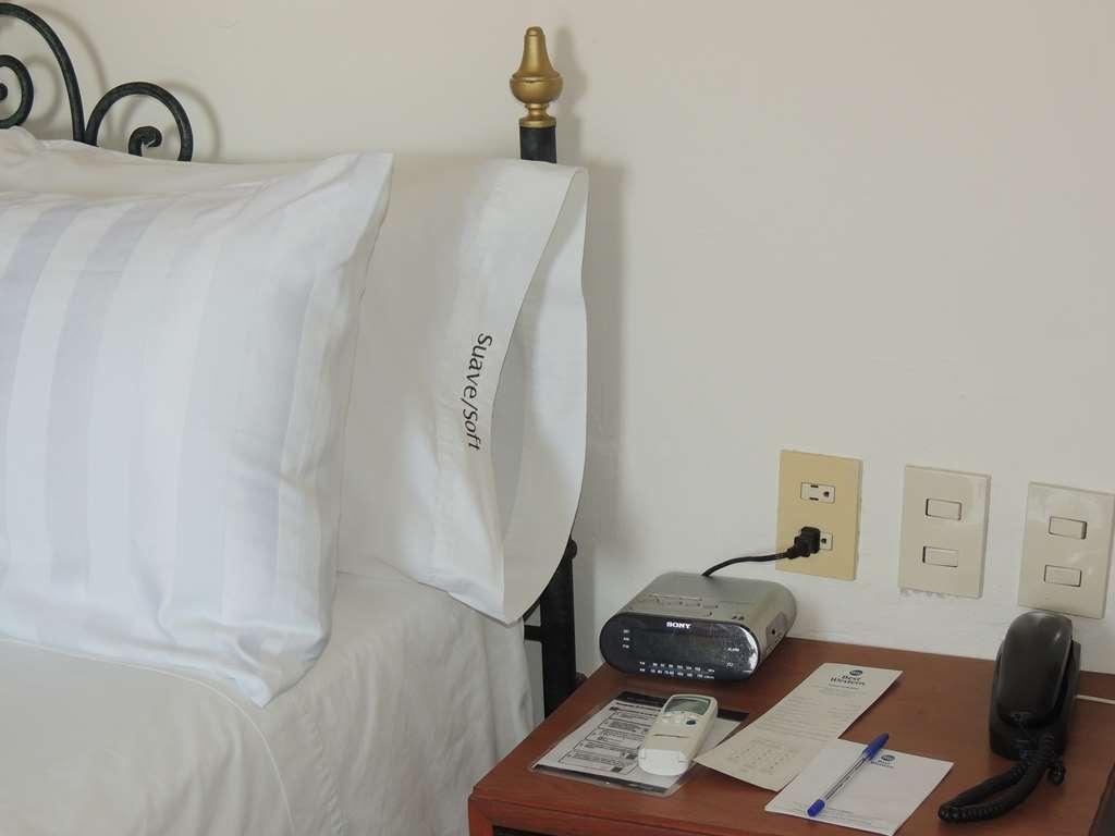 Best Western Plus Hotel Ceballos - Zimmer Annehmlichkeiten