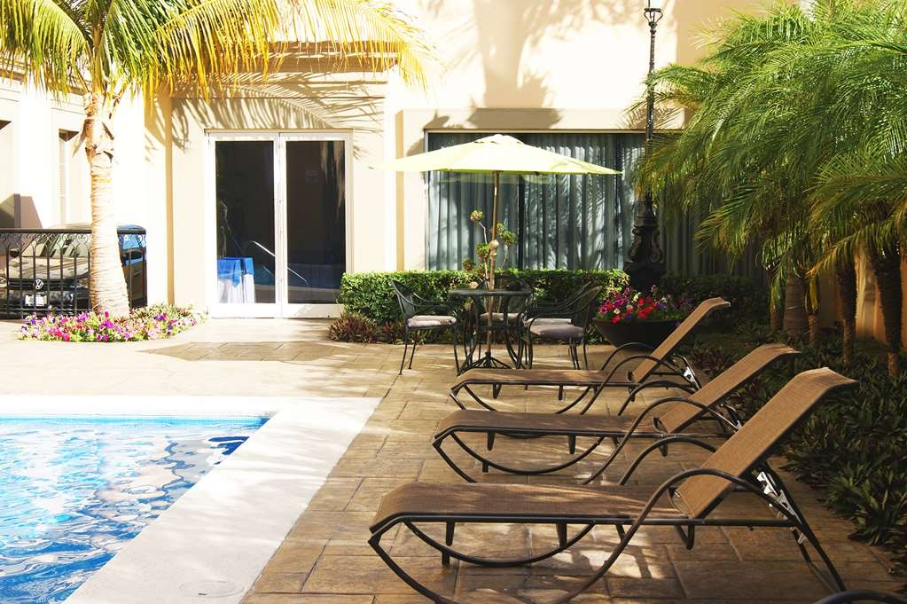 Best Western Plus Los Mochis - SWIMMING POOL