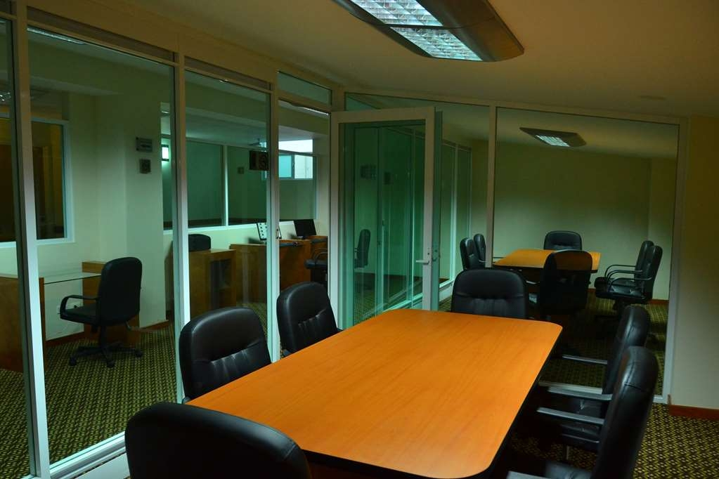 Best Western Plus Plaza Vizcaya - Meeting Room