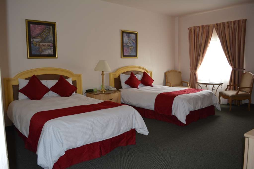 Best Western Centro Cadereyta - Standard Two Double Bed Guest Room