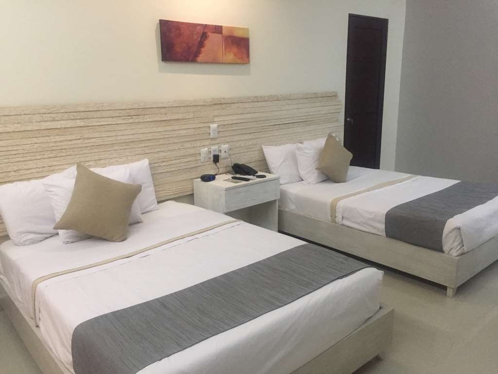 Best Western Gran Plaza - Standard room with 2 double beds
