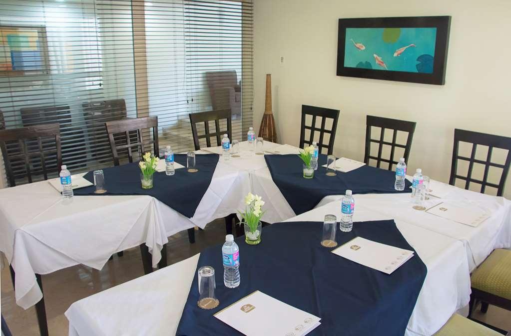 Best Western Hotel Posada Freeman Zona Dorada - Meeting Room