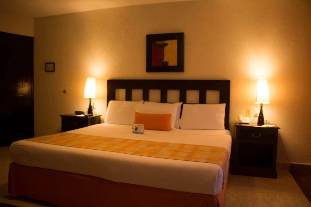 Best Western Hotel Posada Freeman Zona Dorada - Standard King Room