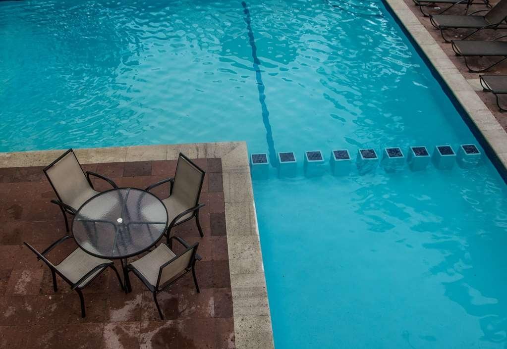 Best Western Hotel Posada Freeman Zona Dorada - Piscina