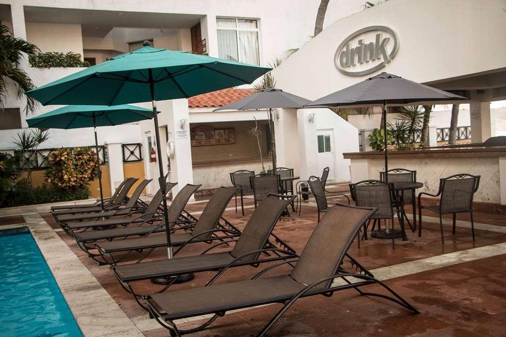 Best Western Hotel Posada Freeman Zona Dorada - Bar