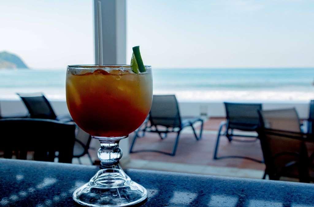 Best Western Hotel Posada Freeman Zona Dorada - Bar / Lounge