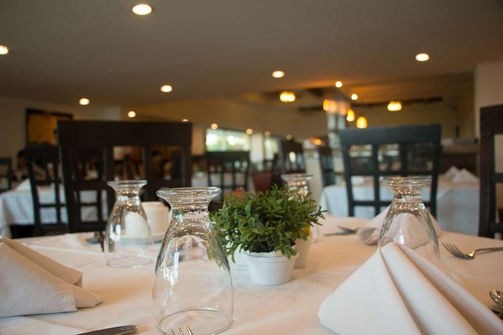 Best Western Hotel Posada Freeman Zona Dorada - Restaurant