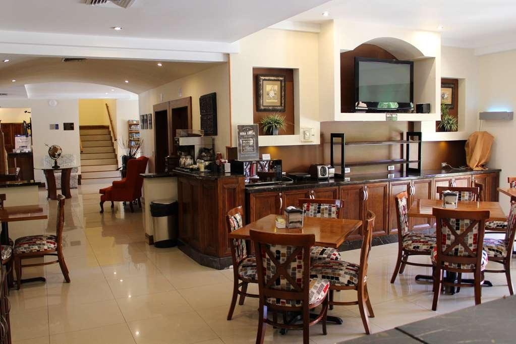 Best Western Cumbres Aeropuerto - Restaurant / Etablissement gastronomique