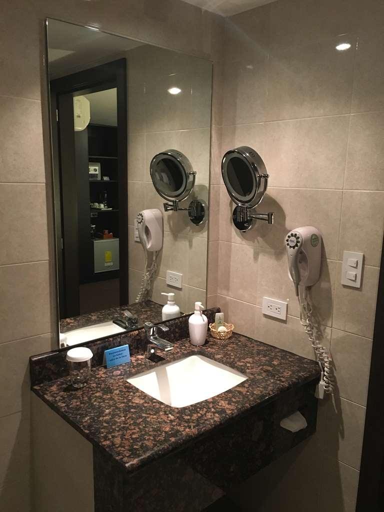 Best Western CPlaza Hotel - Habitaciones/Alojamientos