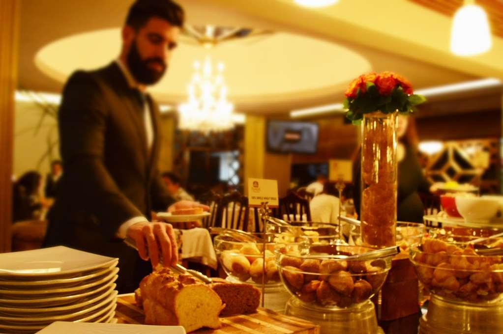 Best Western CPlaza Hotel - Breakfast