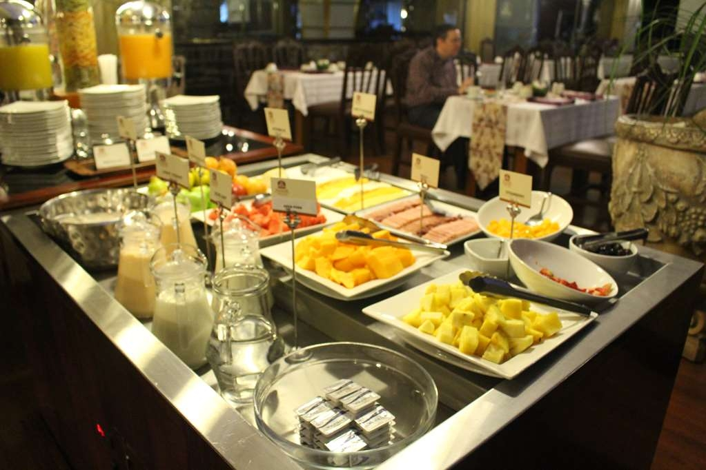 Best Western CPlaza Hotel - Breakfast Area