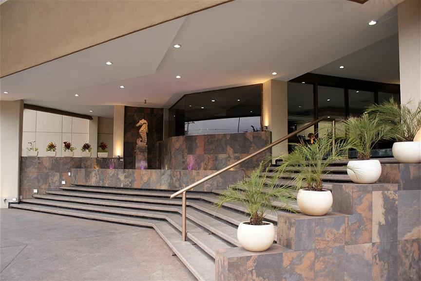 Best Western Plus Plaza Florida & Tower - Außenansicht