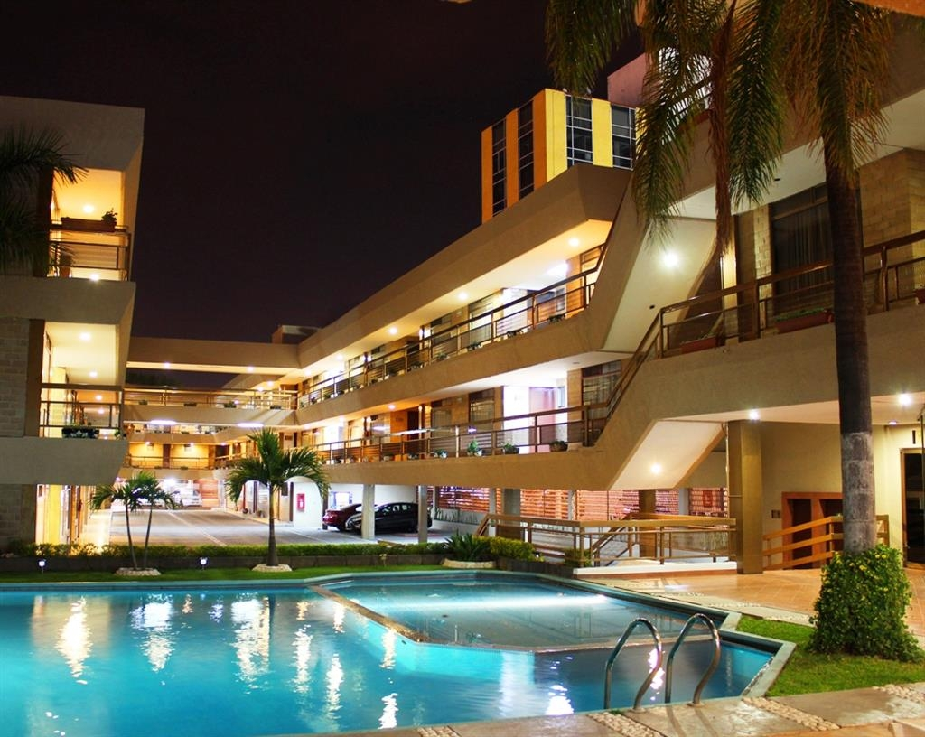 Best Western Plus Plaza Florida & Tower - Schwimmbad