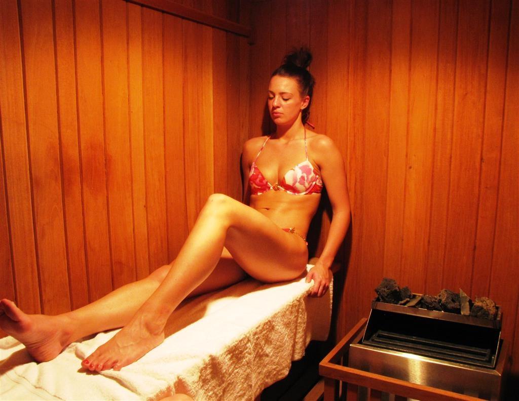 Best Western Plus Plaza Florida & Tower - Sauna bathroom