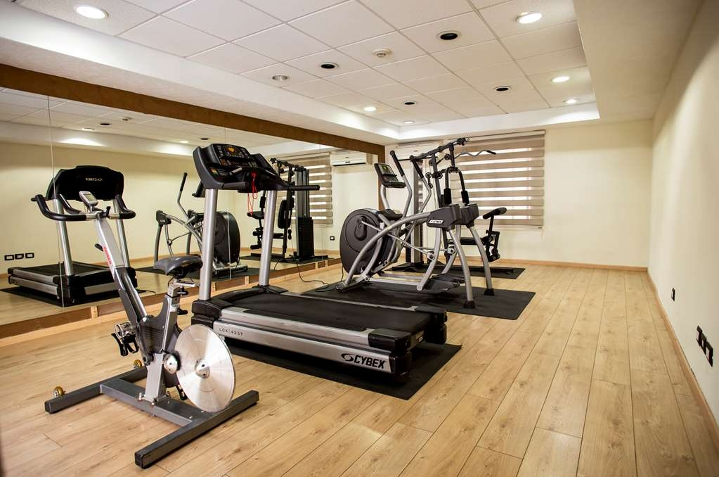 Best Western Plus Monterrey Colon - Gym