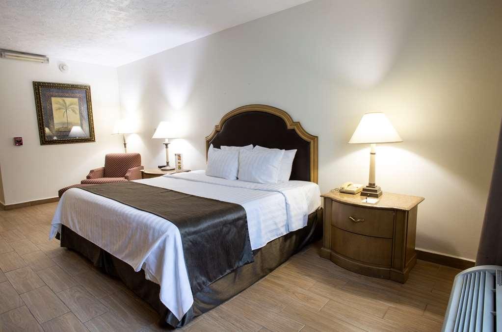 Best Western Plus Monterrey Colon - Chambres / Logements