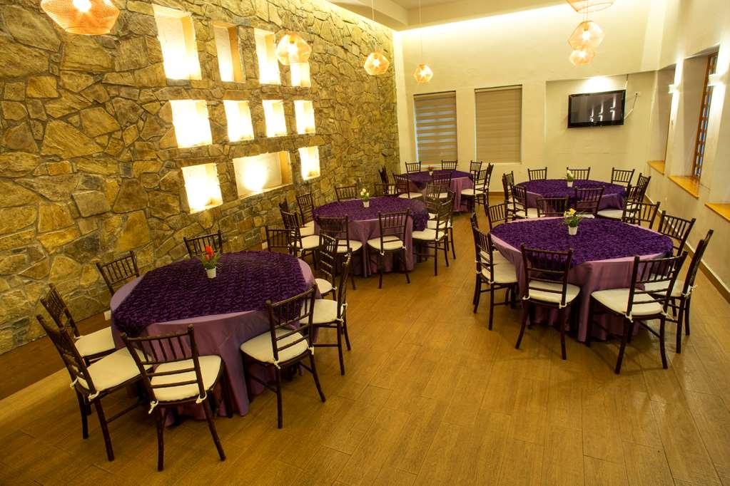 Best Western Plus Monterrey Colon - La Cuchara Events hall