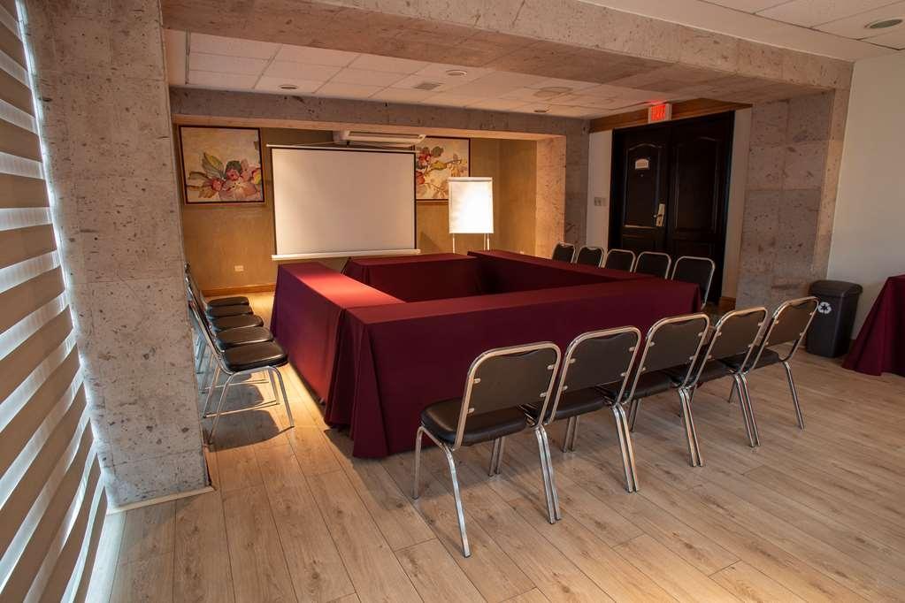 Best Western Plus Monterrey Colon - America Meeting room